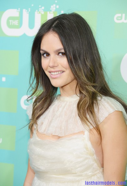 Rachel+Bilson+Heels+Pumps+adiWIe 4i5ql Rachel Bilson's two toned waves: Sexy and simple as ever!