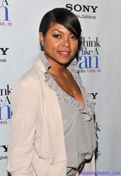 Taraji+P+Henson+Tops+Ruffle+Blouse+6LRWDp RXZol Taraji P Henson's side banged ponytail: Simple hairstyle with grace!