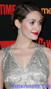 emmy rossum3 171x300 Emmy Rossums Marcel Waves