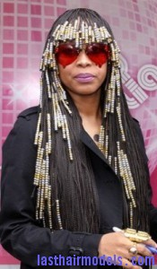 erykah badu3 175x300 Hairstyle With Beads