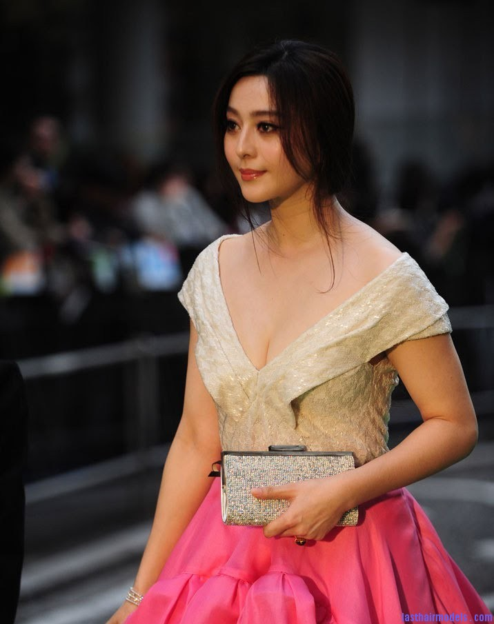 Fan Bing Bings Flicked Out Ponytail Endearing Style In Plenty - Hairstyle for round face ponytail