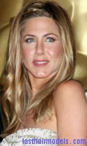 jennifer aniston41 180x300 Jennifer Anistons Bohemian Hairstyle