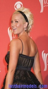 kellie pickler6 163x300 Kellie Picklers Hairstyle With Headband
