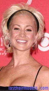 kellie pickler8 162x300 Kellie Picklers Hairstyle With Headband
