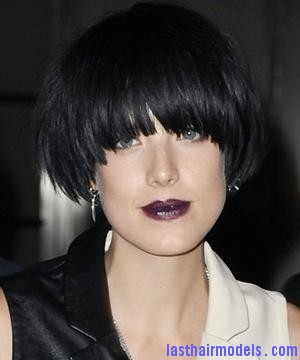md 6a91affd125363719612417 Agyness  Deyn 's Bowl cut hairstyle: Ultra chic chick!