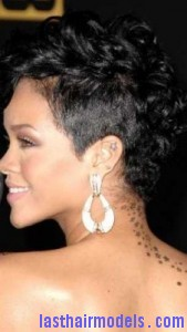 rihanna21 169x300 Rihanna With Tapered Hairstyle