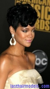 rihanna3 169x300 Rihanna With Tapered Hairstyle