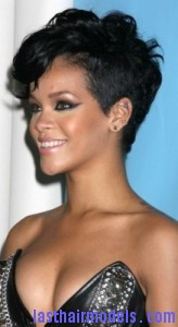 rihanna81 164x300 Rihanna With Tapered Hairstyle