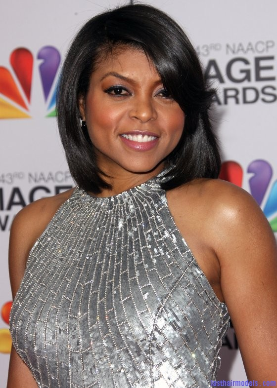  Taraji P Hensons chin length blunt cut: Sleeky shorty mane!