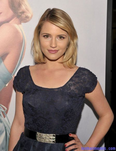 139475714 Dianna Agron's side swept finger chunks: Simple hairstyle made pristine!