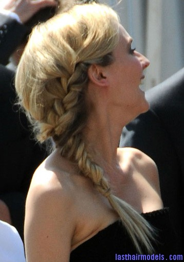 15b663d11c8f706f diane kruger side braid Diane Kruger's 'Y' shaped messy plait: Styling is fun!