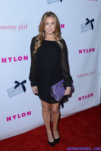 Alexa+Vega+NYLON+Magazine+Celebrates+Annual+fmhdvUFV Zal Alexa Vegas hanging razor cut curls: Combining two styles into one!