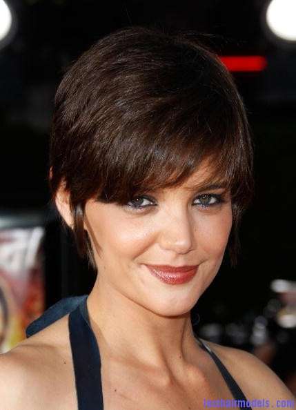Katie Holmes Pixie Haircut1 Katie Holmes short crop hairstyle: Sexy and attractive!