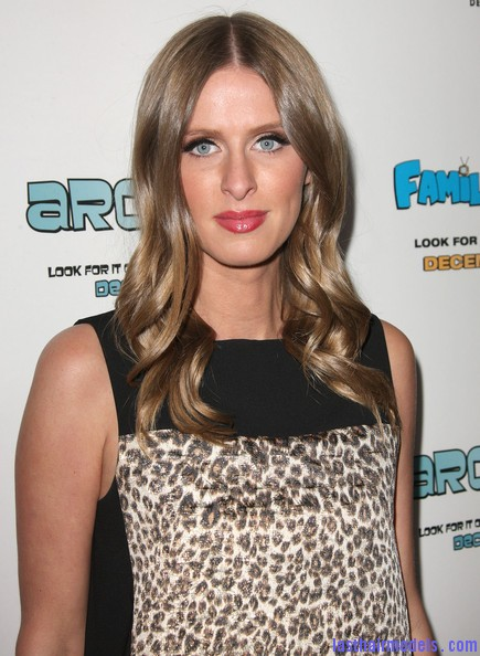 Nicky+Hilton+Long+Hairstyles+Long+Curls+E my5EMA5JCl Nicky Hilton's chunky curls: Polished to perfection!