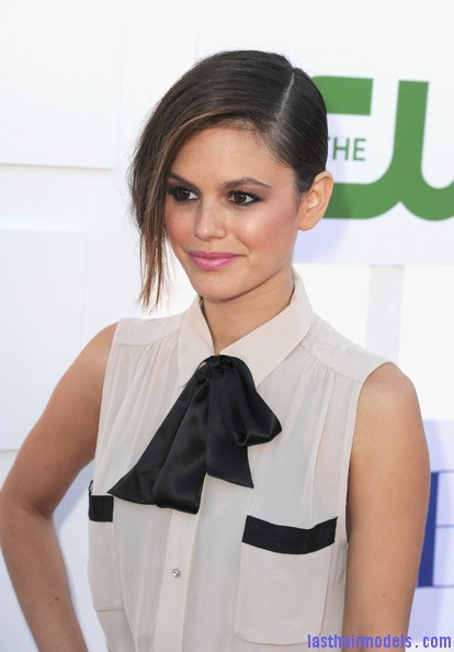 Rachel+Bilson+Updos+French+Twist+NmXNLEGZk7cl Rachel Bilson's long side bang: With a faux bob! Beautiful!