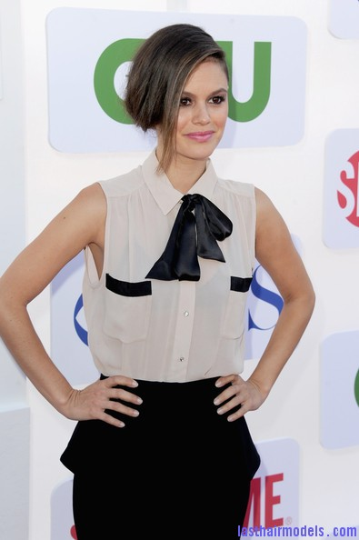 Rachel+Bilson+Updos+French+Twist+cXm9DcpXWjUl Rachel Bilson's long side bang: With a faux bob! Beautiful!