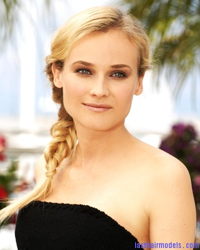 S Diane Kruge32733 Diane Kruger's 'Y' shaped messy plait: Styling is fun!
