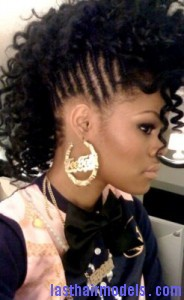 afro mohawk7 184x300 Afro Mohawk Hairstyle
