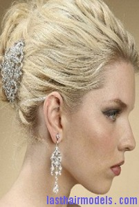 barrettes hairstyle7 201x300 Hairstyle With Barrettes