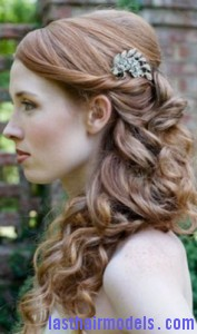 barrettes hairstyle8 177x300 Hairstyle With Barrettes