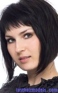 diagonal bob2 186x300 Diagonal Bob Hairstyle