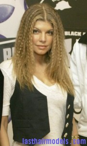 fergie3 180x300 Crimping Hair Without a Crimper