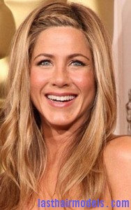 jennifer aniston4 188x300 Methods To Braid Fringes