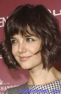katie holmes2 196x300 Hairstyle With Irregular Bangs