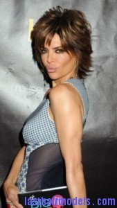 lisa rinna2 169x300 Short Shag Hairstyle