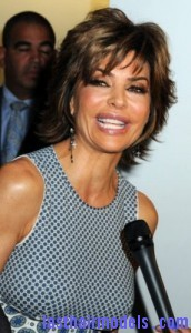 lisa rinna3 172x300 Short Shag Hairstyle
