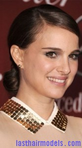 natalie portman7 166x300 Natalie Portmans Looped Ponytail