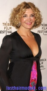 natasha richardson3 155x300 Hairstyle With Blonde Curls