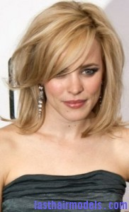 rachel mcadams5 182x300 Hairstyle with Wispy Bangs