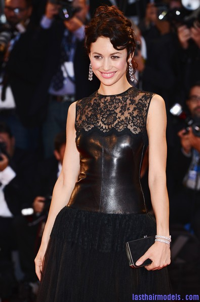 Olga+Kurylenko+Wonder+Premiere+69th+Venice+GqO8UPJiTwMl Olga Kurylenko's curled updo: Making the most in panache!