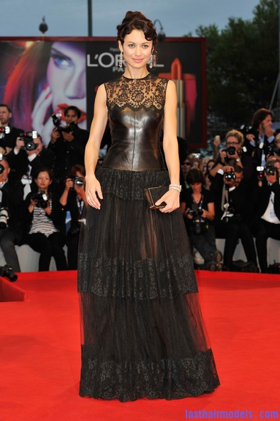 Olga+Kurylenko+Wonder+Premiere+69th+Venice+M1uTabq9pEKl Olga Kurylenko's curled updo: Making the most in panache!