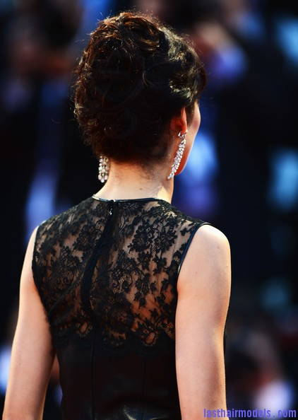 Olga+Kurylenko+Wonder+Premiere+69th+Venice+XB4qT5 UbATl Olga Kurylenko's curled updo: Making the most in panache!
