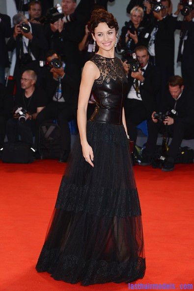 Olga+Kurylenko+Wonder+Premiere+69th+Venice+rYp56fW5OFjl Olga Kurylenko's curled updo: Making the most in panache!