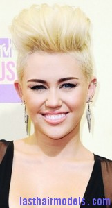 miley cyrus 162x300 Semi Pompadour Hairstyle