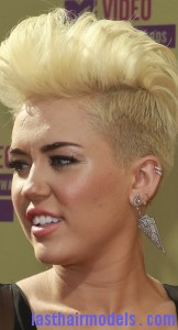 miley cyrus4 162x300 Semi Pompadour Hairstyle