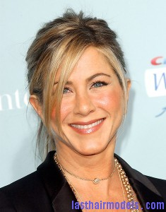 05 JenniferAniston 235x300 05 JenniferAniston