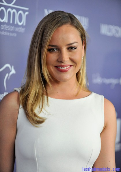 Abbie+Cornish+Dresses+Skirts+Cocktail+Dress+B0TQCrui 3Dl Abbie Cornish's simple straight loose hair: Straight sleekness!