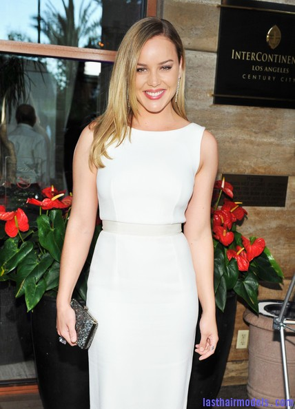 Abbie+Cornish+Dresses+Skirts+Cocktail+Dress+k nm89fJQFTl Abbie Cornish's simple straight loose hair: Straight sleekness!