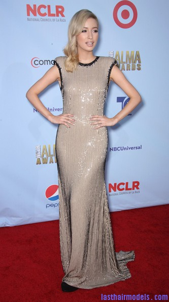 Christian+Serratos+2012+NCLR+ALMA+Awards+Arrivals+VbHg2kIkSYQl  Christian Serratos two toned curls: Making the most of curls!