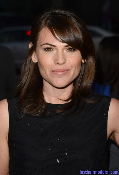 Clea+DuVall+Shoulder+Length+Hairstyles+Medium+IioG0mDRdAll Clea DuVall's shiny wavy locks: Best shoulder length hairstyle!