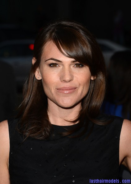 Clea+DuVall+Shoulder+Length+Hairstyles+Medium+JJ P0iVIiiMl Clea DuVall's shiny wavy locks: Best shoulder length hairstyle!