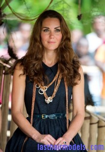 Kate+Middleton+Long+Hairstyles+Long+Wavy+Cut+aeZmzqgfVrcl 208x300 Kate+Middleton+Long+Hairstyles+Long+Wavy+Cut+aeZmzqgfVrcl