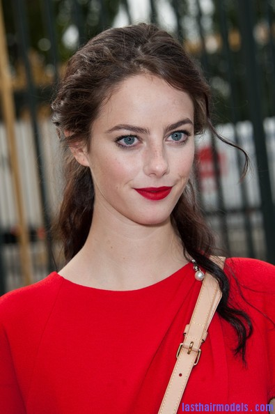 Kaya+Scodelario+Dresses+Skirts+Cocktail+Dress+owopG7eeD6nl Kaya Scodelario's wavy half tie: Gorgeous hairstyle.