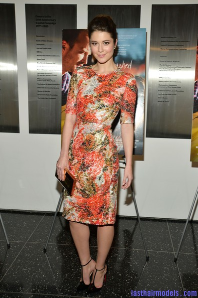 Mary+Elizabeth+Winstead+Heels+Evening+Pumps+Pgd80YQt9ryl Flaunting simple buns like Mary Elizabeth Winstead..