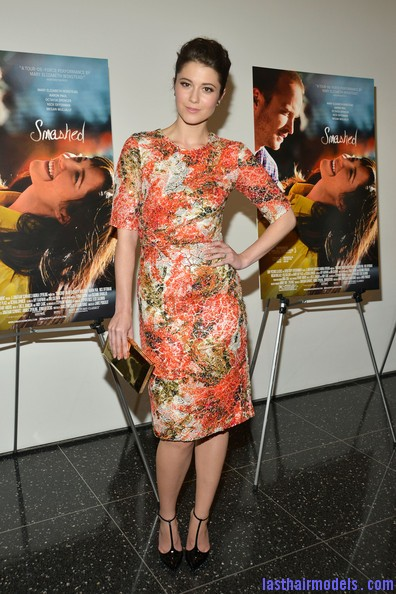 Mary+Elizabeth+Winstead+Heels+Evening+Pumps+VGYHMA0meMUl Flaunting simple buns like Mary Elizabeth Winstead..
