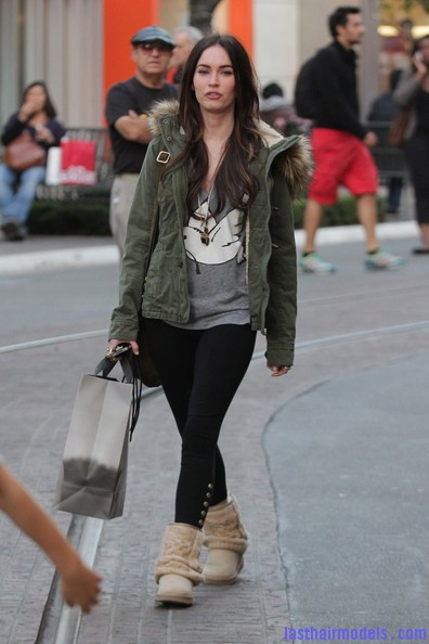Megan+Fox+Megan+Fox+Shops+LA+tcSoCsA5ufFl Megan Foxs straight hair: Loving the grocery store look!